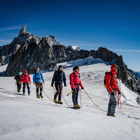 escursione-su-ghiacciao-courmayeur