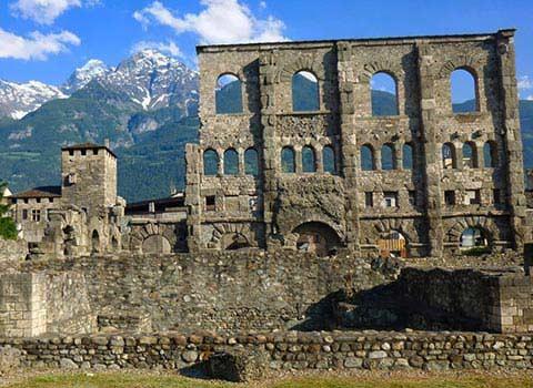 aosta-romana-trekking-urbano-gladiatori