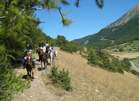 horses-riding-courmayeur-la-thuile